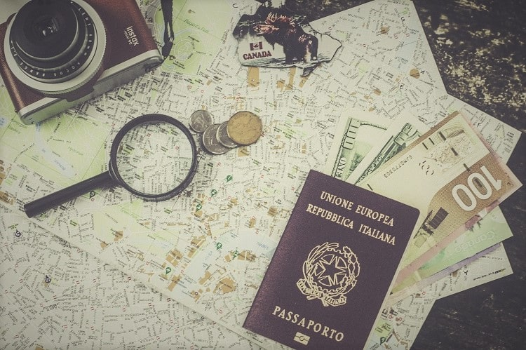 checklist di viaggio passaporto