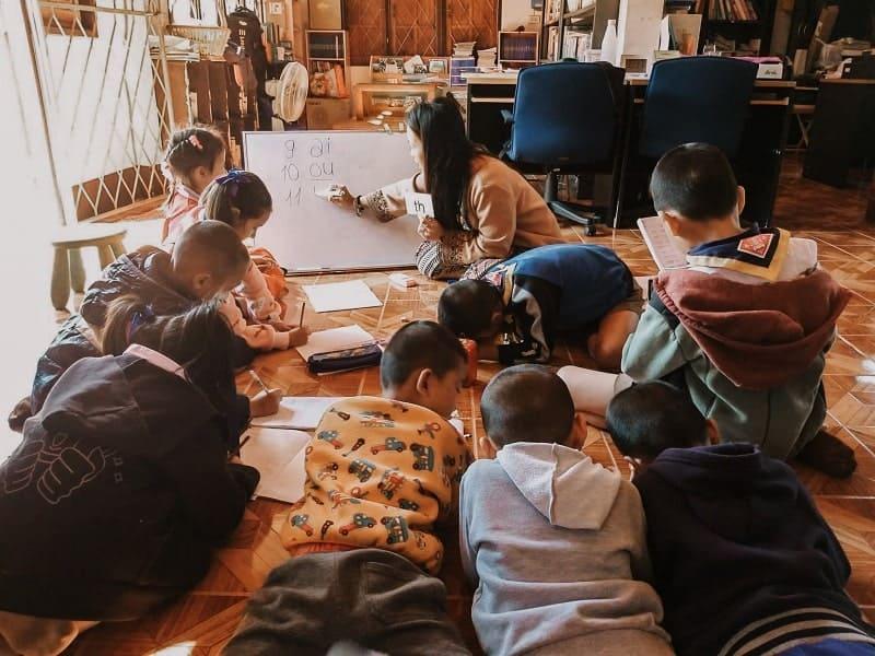 Lezione Inglese Samoeng School