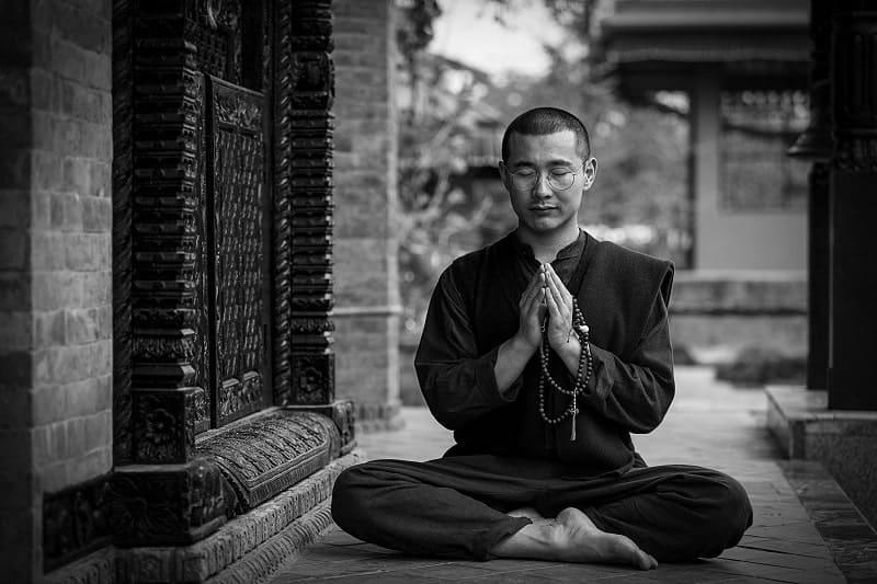 come iniziare yoga